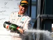 Đua xe F1 - F1: Mercedes chiến thắng 1-2 chặng khai mạc