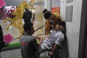 Tin tức Việt Nam - Ngất hàng loạt ở Big C: Hít khí thải có thể tử vong
