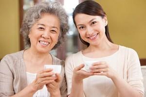 Tình yêu - Giới tính - 9 cách giúp bạn có cuộc sống êm đềm với mẹ chồng