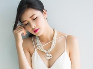 Thời trang - Triệu Thị Hà khoe ngực đầy, eo thon xuống phố Sài thành