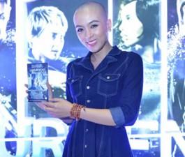 Phim - Cô gái đầu trọc của VN Idol gây chú ý tại lễ ra mắt phim