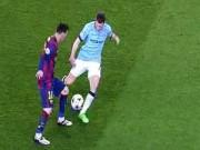 """Video bóng đá hot - Messi """"xâu kim"""" tinh tế biến sao Man City thành gã hề"""