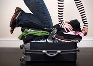 """Thời trang - """"Chiêu"""" xếp hành lý nhanh gọn và tiết kiệm diện tích"""