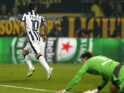 """Bóng đá - """"Dị nhân"""" Tevez làm CĐV Dortmund choáng váng"""