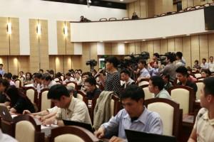 """Tin tức Việt Nam - Chặt 6.700 cây xanh: Hà Nội chốt ngày """"trả nợ"""" 21 câu hỏi"""