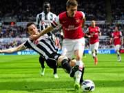 """Bóng đá - TRỰC TIẾP Newcastle - Arsenal: """"Pháo thủ"""" mệt nhoài"""