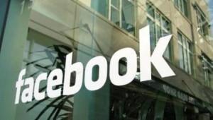 Tin học văn phòng - Facebook bị kiện vì phân biệt chủng tộc