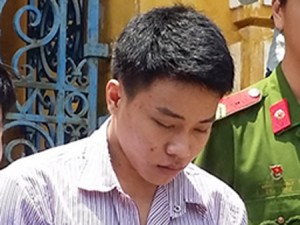 An ninh Xã hội - Thiếu niên hại đời bé gái đi vệ sinh
