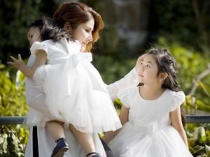 Bạn trẻ - Cuộc sống - Bộ ảnh dễ thương của ba mẹ con Việt Kiều