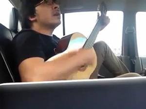 Clip  Giáo sư xoay  hát chế chặt cây Hà Nội