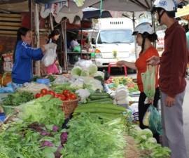Thị trường - Tiêu dùng - Chỉ số giá tiêu dùng tháng 3 tăng sau 4 tháng liên tục giảm