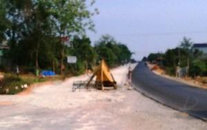 Tin tức trong ngày - Kon Tum: Dân dựng lều chặn thi công Quốc lộ 14