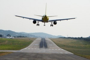 Thế giới - Máy bay A320 rơi: Phi công chấm dứt liên lạc đầy bí ẩn