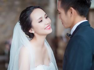 Tình yêu - Giới tính - Ảnh cưới của hot girl Huyền My và cầu thủ Văn Quyết