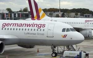Tin tức trong ngày - Airbus A320 rơi: Phi công, tiếp viên Germanwings sợ hãi, từ chối bay