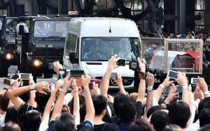 Tin tức trong ngày - Dòng người Singapore tiễn đưa cựu Thủ tướng Lý Quang Diệu