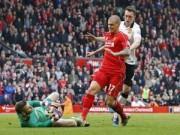 Bóng đá Ngoại hạng Anh - Liverpool khốn khó: Skrtel bị treo giò 3 trận
