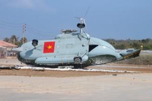 Tin tức Việt Nam - Trực thăng quân sự rơi tại đảo Phú Quý