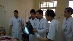 Tin tức trong ngày - Sập giàn giáo: 2 nạn nhân nguy kịch phải chuyển ra Hà Nội