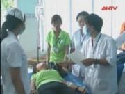 Sức khỏe đời sống - Ngộ độc tập thể tại Trà Vinh: Hơn 70 công nhân trở nặng