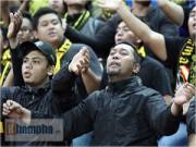 """Tin bên lề bóng đá - Đo độ """"cuồng"""" của fan Việt Nam & Ultras Malaysia"""