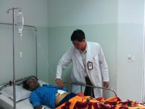 Sức khỏe đời sống - Hút gần 3 lít máu trong ổ bụng, cứu bệnh nhân bị vỡ u gan