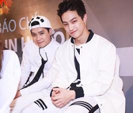 Cận cảnh vẻ đẹp hoàn hảo của Jackson và JB (GOT7) tại HN