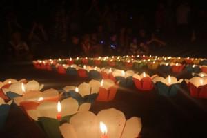 Tin tức Việt Nam - Hội An lung linh ánh đèn cầy trong Giờ trái đất