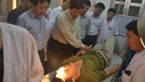 Tin tức trong ngày - Hà Nội chỉ đạo làm rõ vụ xe khách đâm nhau thảm khốc