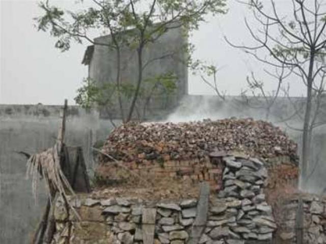 Thanh Hóa: 8 người chết do ngạt khí lò vôi