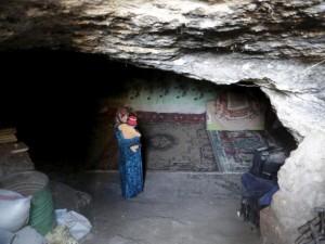 Thế giới - Ảnh: Cuộc sống dưới lòng đất của dân sơ tán ở Syria