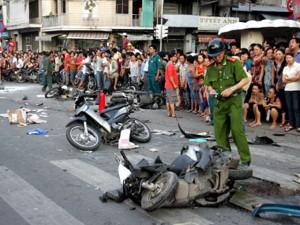 Tin tức trong ngày - 20 người chết vì tai nạn trong ngày nghỉ lễ thứ 2