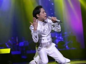 Khán giả Hà Nội bắt Ngọc Sơn hát đến 0h