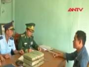 """An ninh Xã hội - Sang Lào """"vác"""" 6 kg cần sa khô về quê bán"""
