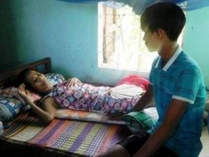 Bạn trẻ - Cuộc sống - Ước mong của chàng trai nghèo chăm mẹ ung thư