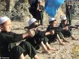 """Thế giới - 1 tỉ đồng một trẻ em đã """"tẩy não"""" để đánh bom tự sát(!)"""