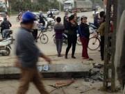 Tin tức trong ngày - Cột điện đổ sụp khiến một học sinh chết thảm