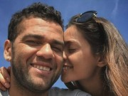 Bóng đá - Tin HOT tối 5/1: Rộ tin Alves đính hôn siêu mẫu 9X