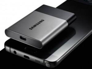 Samsung trình làng ổ cứng di động SSD siêu nhỏ