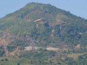 Tin tức trong ngày - Người mót quặng bị đá khổng lồ đè chết quỳ trong hầm mỏ