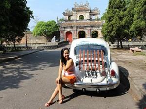 Ô tô - Xe máy - Dân chơi xế độc Sài Gòn - Bài 3: Người đẹp mê xe 'bọ'
