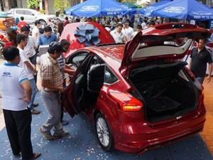 Ô tô - Xe máy - Ô tô đồng loạt tăng giá sốc ngay đầu năm