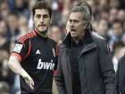 Rào cản Casillas khiến Mourinho còn thất nghiệp