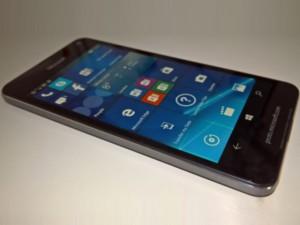 Microsoft Lumia 650 chính thức lộ diện