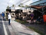 Camera hành trình - Lật xe khách ở Hậu Giang, 1 người chết, 29 người bị thương