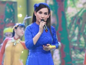 Ca nhạc - MTV - Phi Nhung: 'Từng bị Hoài Linh mắng khi mới về nước'