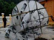 Tin tức trong ngày - Vật thể lạ khổng lồ rơi xuống miền núi Quảng Nam