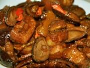 Ẩm thực - Thịt kho trám béo ngậy bữa cơm trưa ngày lạnh