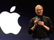 """Thời trang Hi-tech - """"Huyền thoại"""" Steve Jobs ra mắt iPhone đầu tiên 9 năm trước"""