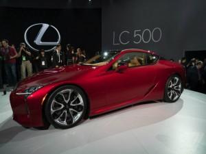 Mẫu coupe sang trọng Lexus LC 500 lộ diện toàn bộ